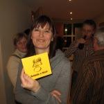 Helga freut sich als Aniada a Noar Fan über ihre neue CD
