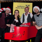 Roland, Betty, Sepp und Toti am Betty O Klavier