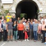"""Gruppenfoto vor dem Eingang zum """"Schloß DUINO"""""""
