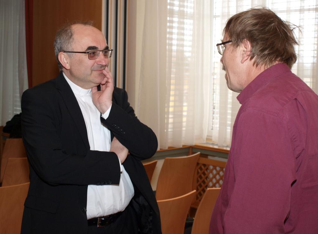 Unter dem Publikum sieht man auch den Leiter des Bischöflichen Seminares der Diözese Graz-Seckau ... Mag.Dr. Wilhelm Krautwasch