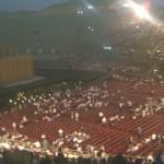 in der Arena vor Opernbeginn